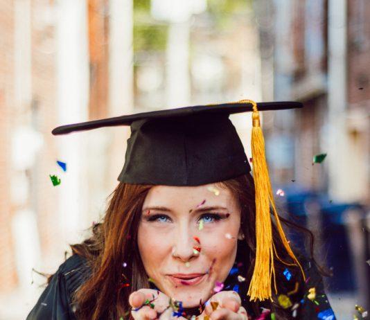 Diplômée d'une grande université